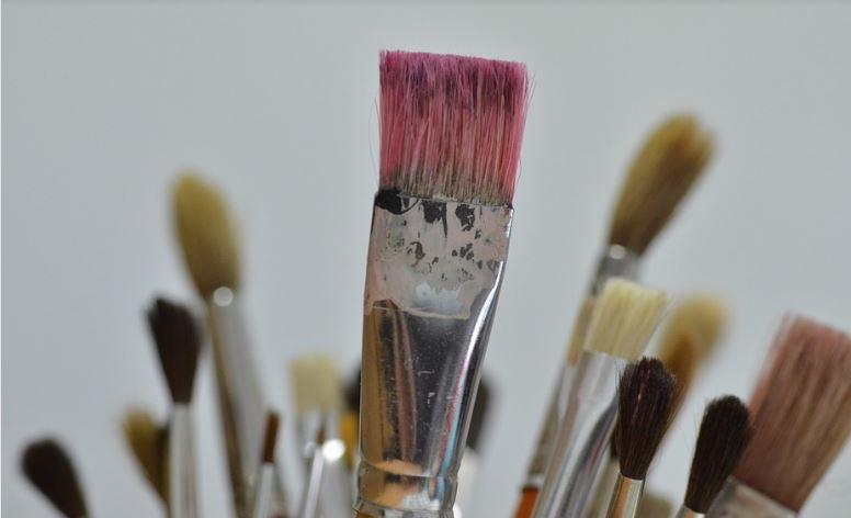 astuces trucs pour nettoyer les pinceaux